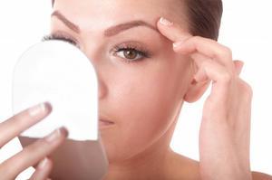 Дифферин - действующее вещество, польза для кожи