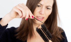 Сколько волос в день должно выпадать?